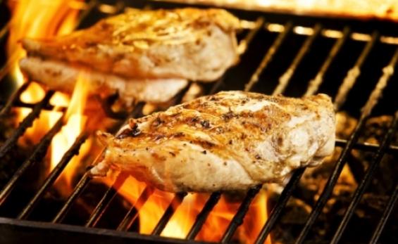 Ha nyár, akkor kerti parti. Ha pedig kerti parti, jöhet a grill!