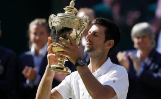 Djokovic a férfi bajnok Wimbledonban